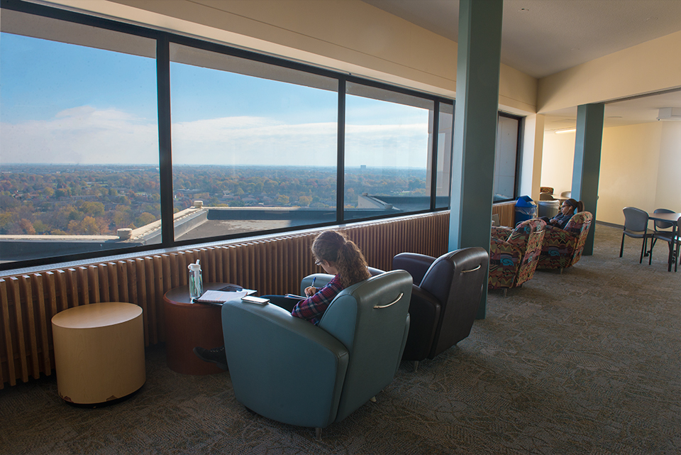 Watterson towers university housing services illinois for Watterson dining
